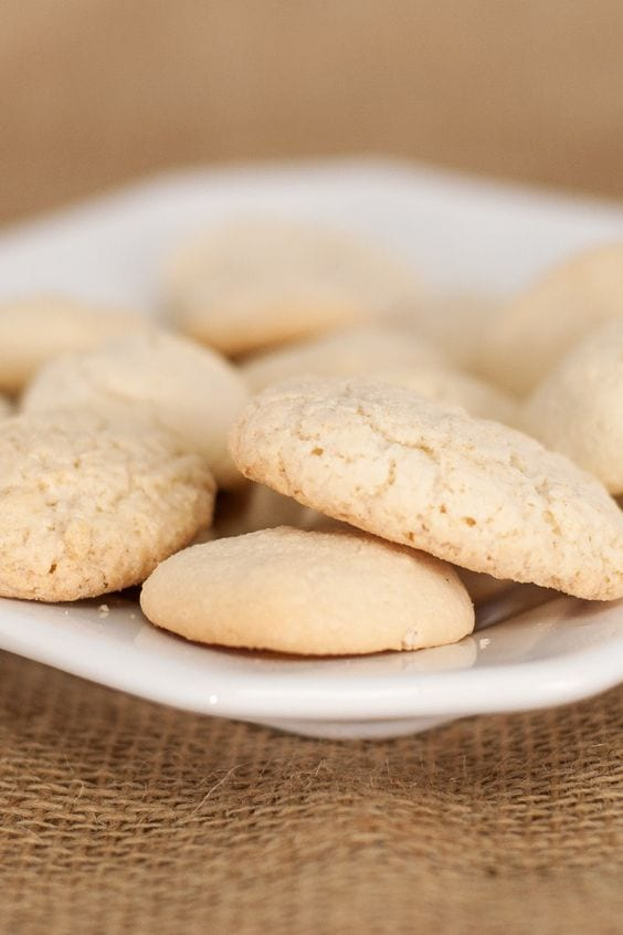 Weight Watchers Easy Shortbread Cookies on a plate