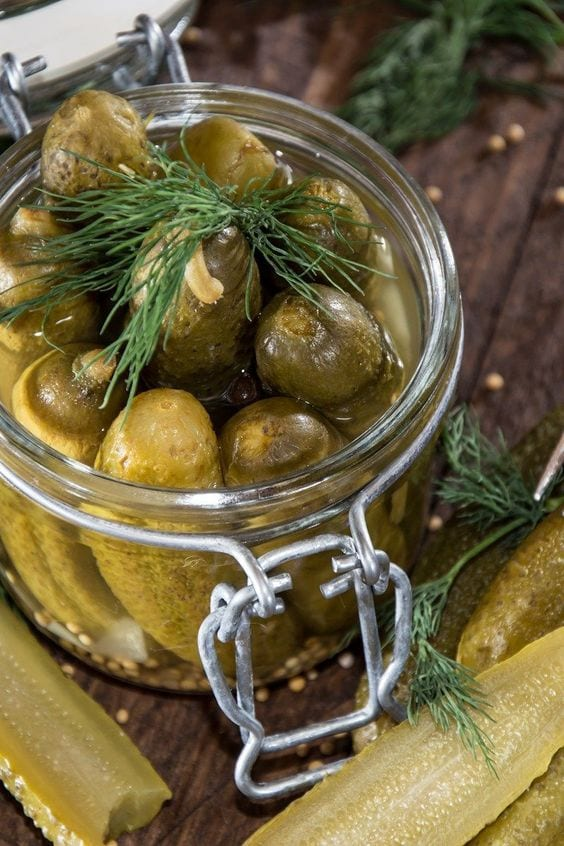 Weight Watchers Refrigerator Dill Pickles without Canning Recipe