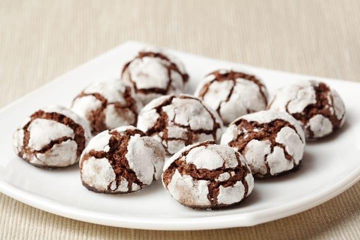 Weight Watchers Easy Fudge Crinkle Cookies