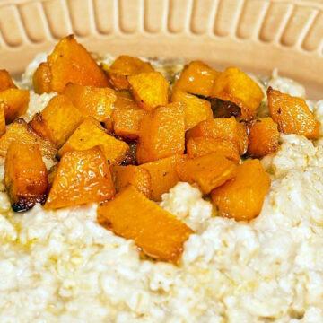 Pumpkin Oatmeal in a brown bowl.