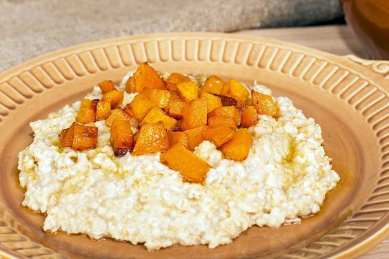 Pumpkin Oatmeal in a brown bowl